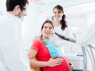 pregnant having a dental checkup